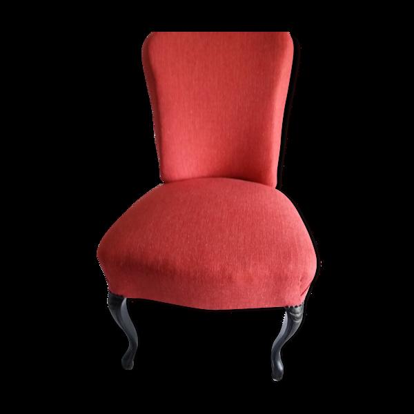 Chaise avec poignée arrière