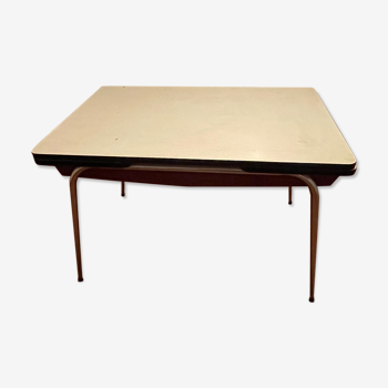 Formica table with extensions