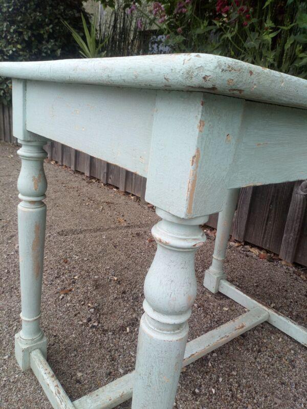 Table ancienne patinée bois tourné