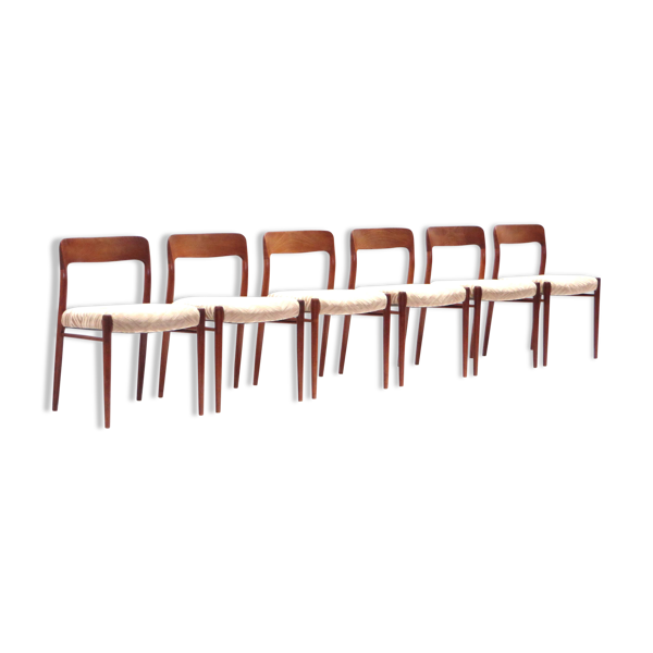 Ensemble de 6 chaises de Niels Otto Moller des années 60