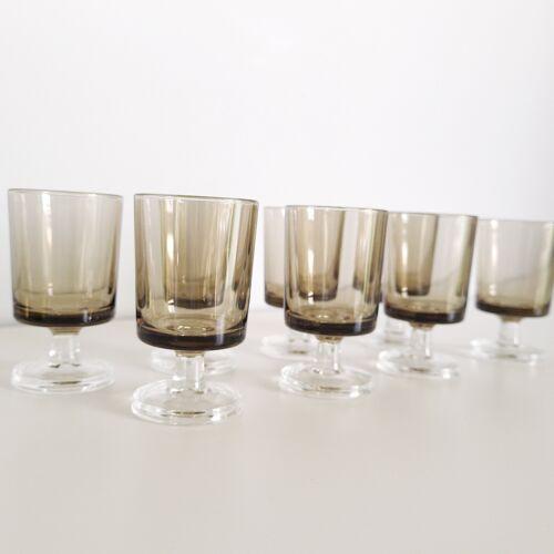 Set de 8 verres à liqueur Luminarc années 70 en verre fumé