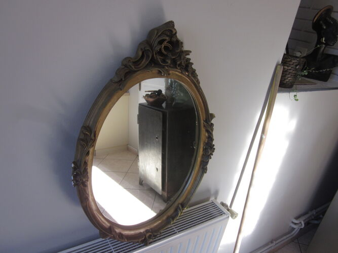 Miroir dorè en platre 47x67cm
