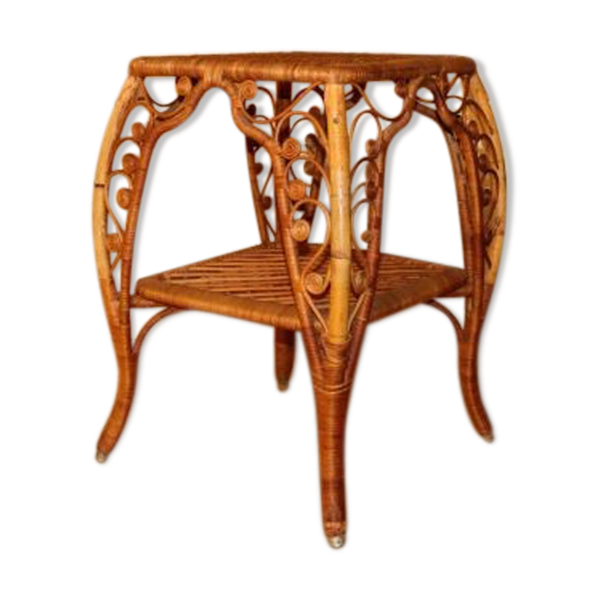 Ancienne table d'appoint en rotin style paecock