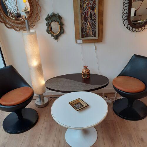 Paire de fauteuils Polaris de Pierre Guariche