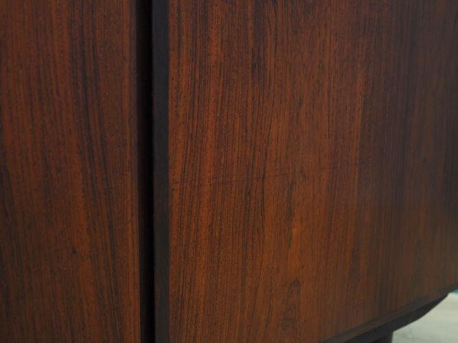 Armoire en palissandre, design danois, années 1970, fabriquée par l'Omanais Jun