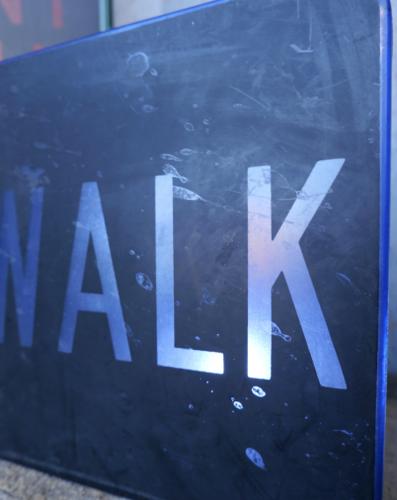 Plaque de feu walk américaine bleue