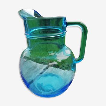 Pichet verre bleu