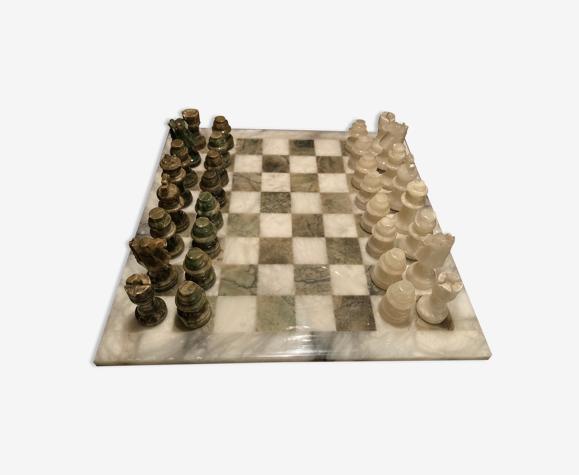 Jeu d'échecs vert et beige en albâtre de Volterra des années 1970 fabriqué à la main en Italie