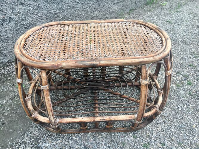 Paire de fauteuil en rotin et sa table ovale vintage