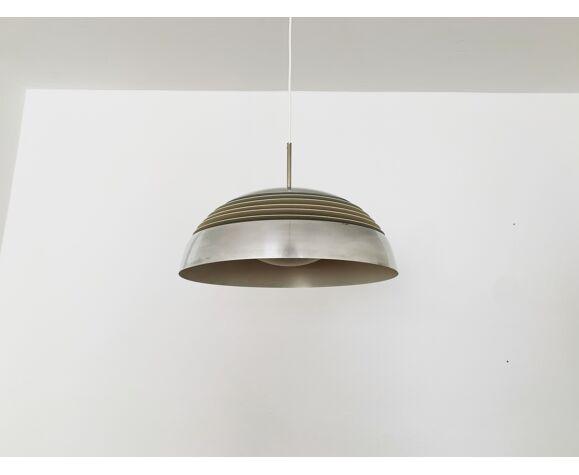 Suspension en aluminium par Doria