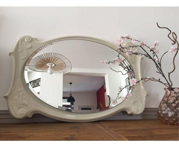 Miroir ancien en porcelaine blanche biseauté 81 x 54