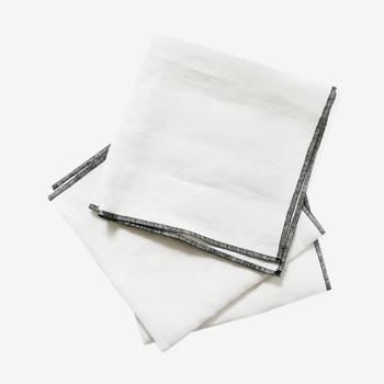 Lot de 4 serviettes blanches en lin upcyclé