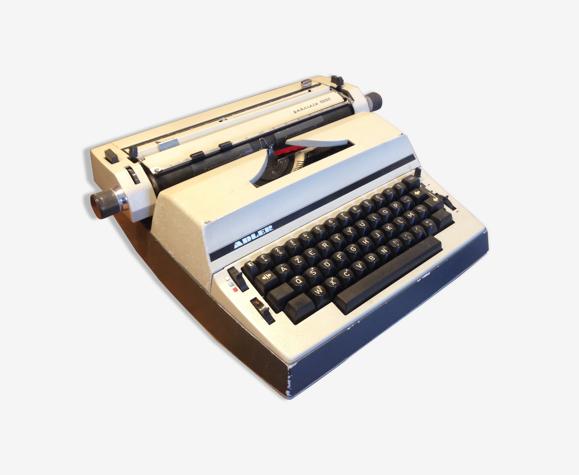 Machine à écrire électrique Adler Gabriele 5000