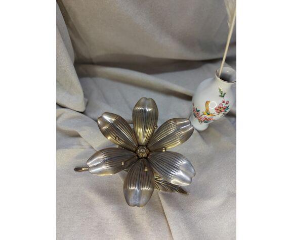 Cendrier fleur en laiton