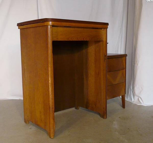 Bureau en chêne et sa chaise, 1950