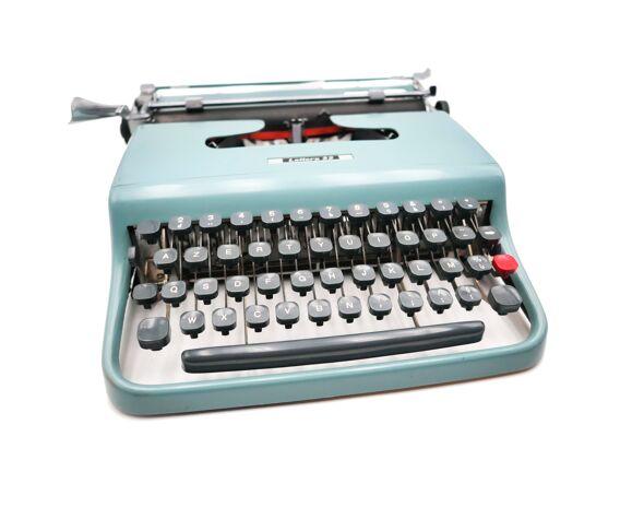 Machine à écrire Olivetti Lettera 22 bleue pastel révisée ruban neuf