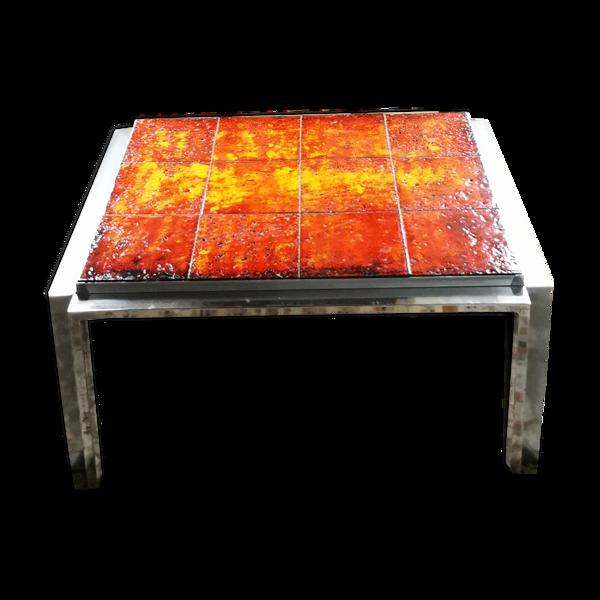 Selency Table basse rectangulaire à plateau de grès orange, piétement chromé vers 1970