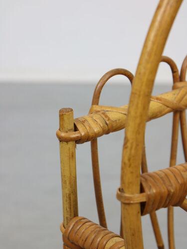 Porte-revues en bambou