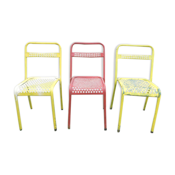 Lot de 3 chaises bistrot indus rouges et jaunes années 50