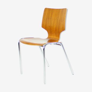 Chaise empilable en contreplaqué courbé et chrome Adam Stegner Design années 1980