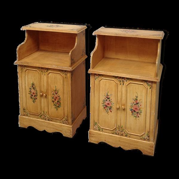 Selency Paire de meubles vintage en bois décor floral