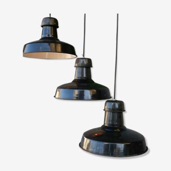 Lampe industrielle abat jour émaillé noir