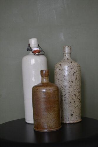 Lot de 3 bouteilles en grès