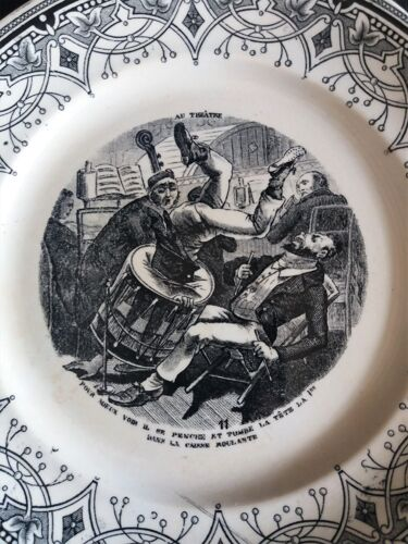Assiette parlante à thème Sarreguemines série au théatre