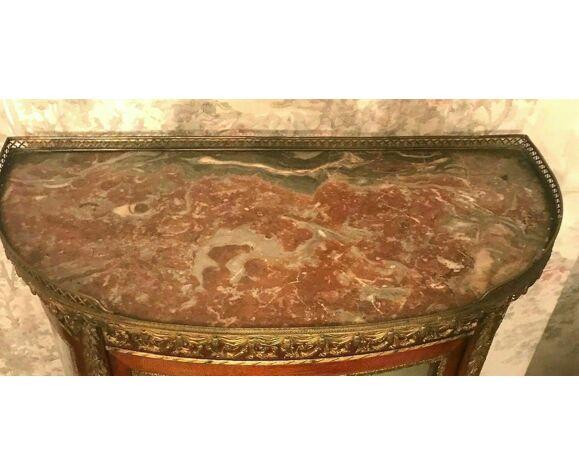 Vitrine bombée de style Napoléon III Acajou et bronzes XX siècle