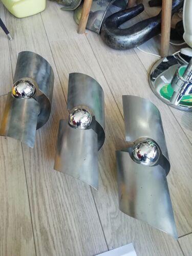 3 appliques acier dépoli années 70