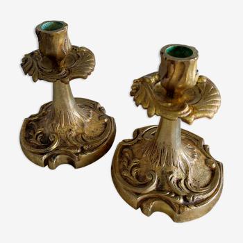 Paire de bougeoirs flambeaux en bronze