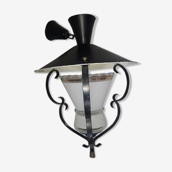 Lantern suspension