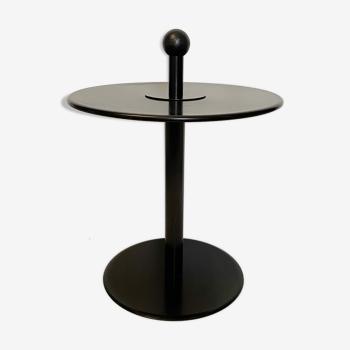 Table d'appoint postmoderrne ikea, en acier laqué noir, des années 80, avec poignée