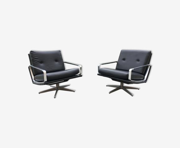 Paire fauteuils design années 60