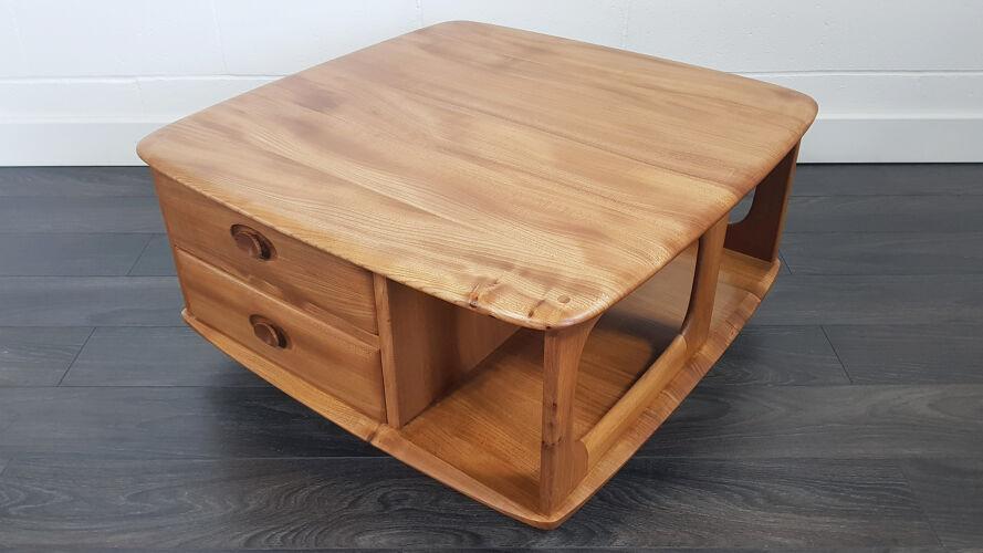 Table basse de boîte de Pandore d'Ercol, années 80