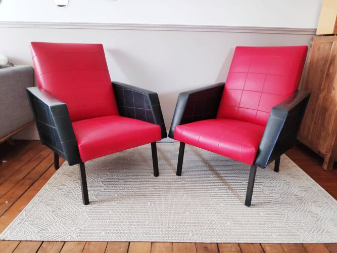 Fauteuil en skaï vintage rouge et noir