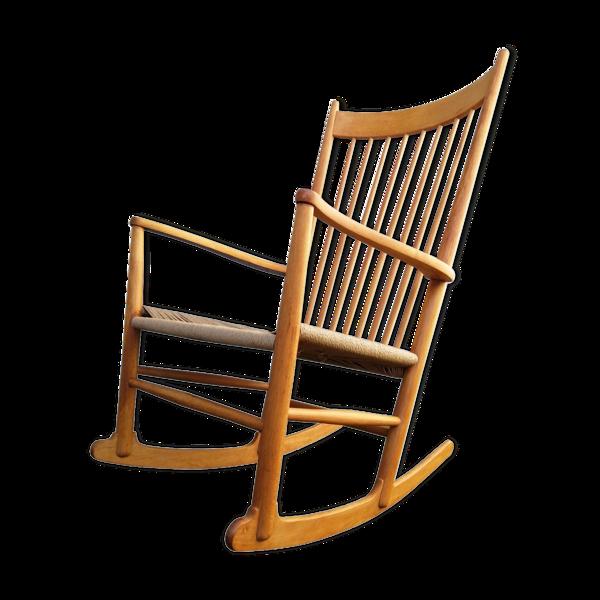 Rocking chair modèle J16 par Hans J. Wegner années 1960   FDB Møbler