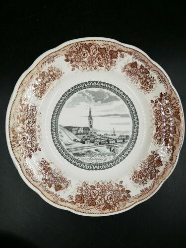 Série d'assiettes en porcelaine de Gien