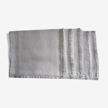 Set de 4 serviettes anciennes brodées 59x48cm