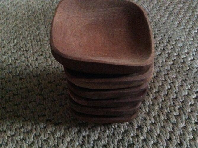 Series of 6 wooden ramekins