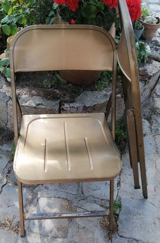 Chaise pliante en métal