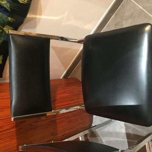 Chaises chromées vintage