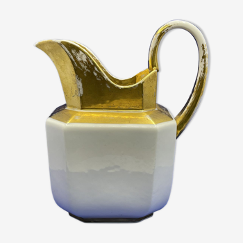 Pot à lait en porcelaine de Paris - XIXème