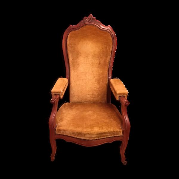 Fauteuil Voltaire en velours couleur moutarde