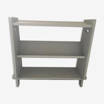 Retro shelf