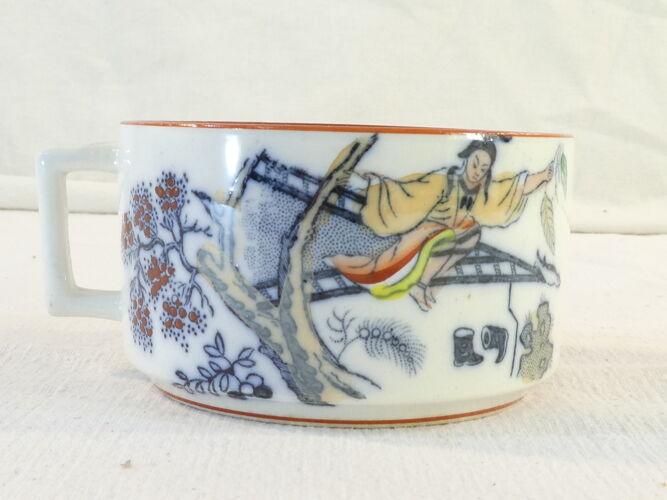 Tasse et sous-tasse sarreguemine décor timor