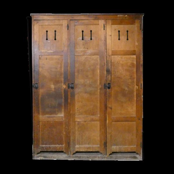 Vestiaire dressing trois portes