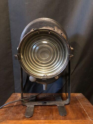 Projecteur crémer année 1950