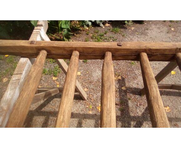 Echelle de portage ancienne en bois