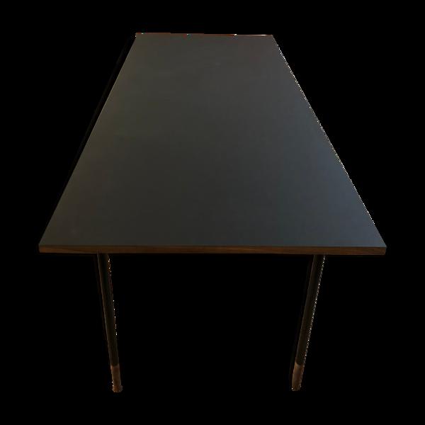 Table de Finn Juhl